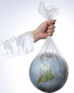 el planeta en una bolsa de plastico