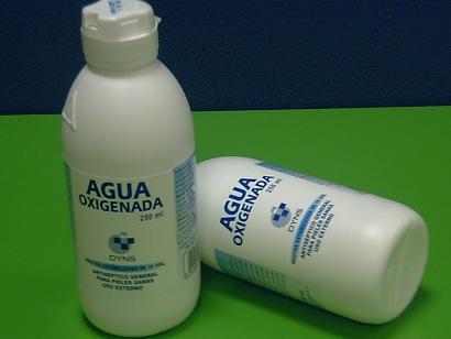 3e2a6e5bced6 Lo que conocemos como agua oxigenada es una mezcla de ...