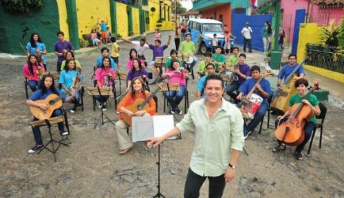 Orquesta Cateura - en la calle