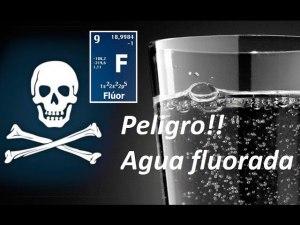 Peligro agua fluorada